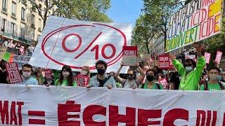 """À la marche pour le climat, les manifestants dénoncent le """"zéro pointé"""" de la loi"""