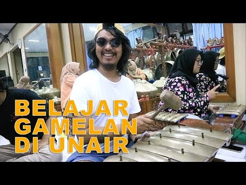 DODIT MULYANTO MAIN GAMELAN DI UNAIR