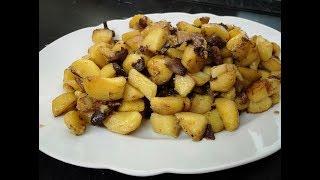 Жареная картошка с грибами . Быстро и очень вкусно!