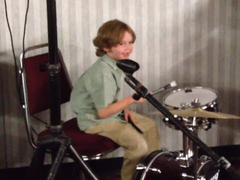 Daniel Barden on Drums as Barden Family Sings What A Wonderful World to Papa. Sept 29, 2012