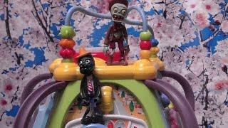 Свинка Пеппа. Зомби уничтожили детскую площадку и напали на Пеппу и Джорджа. Мультик с игрушками.