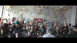 ZSK - Es müsste immer Musik da sein (Offizielles Video)