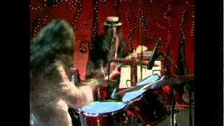The White Stripes - Dead Leaves and the Dirty Ground (VH1 Studios) [HD]
