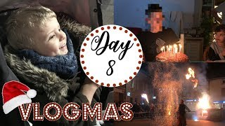 🎅VLOGMAS 8: LIGHTS FET - FORTNITE FREE COMBAT PASSE!!