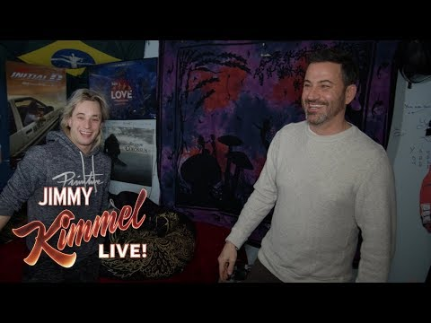 Jimmy Kimmel Visits His Childhood Home in the Middle of the Night