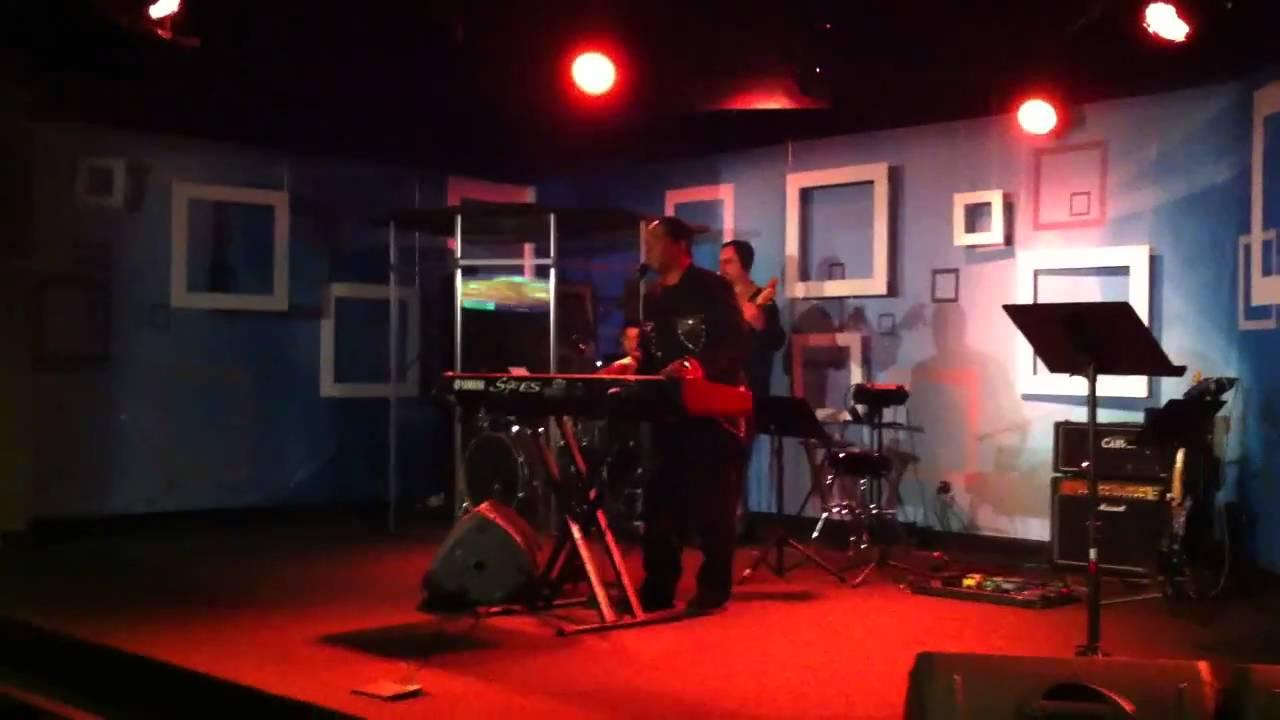 Leon Patillo - Live Experience