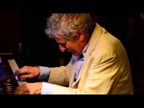 "Bob Bennetta , ""The Piano Man"" @ Fellini's #9 on the DowntownMall , C'Ville VA"