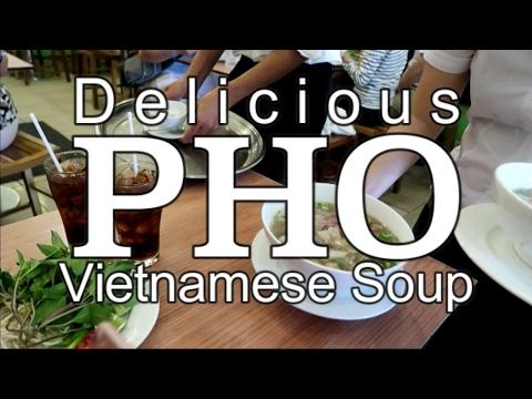 Delicious Pho Vietnamese Beef Noodle Soup - Vietnam Trip 2017