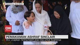 Tangis Keluarga Iringi Pemakaman Ashraf Sinclair