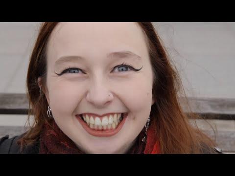 "Jono Blythe, Close-Up Magician ""Lollipop Magic"""