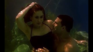 Download Video Akshay Kumar & Kareena Kapoor's under water romance - Kambakkht Ishq MP3 3GP MP4