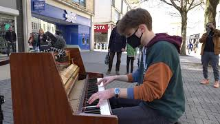 I played AKEBOSHI - WIND (Naruto) on piano in public