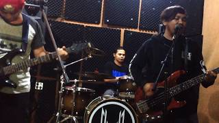 Stand Here Alone - Hilang Harapan (Cover)