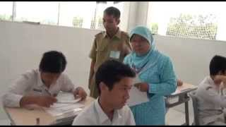 Video 02 Pelaksanaan UN 2015 Ujian Nasional   SMP Insan Kamil Bogor Part 2 download MP3, 3GP, MP4, WEBM, AVI, FLV Juni 2018