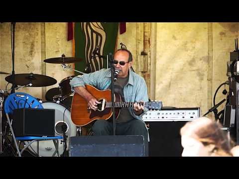 Dave Kelly - Full Set @ Wolverton Folk & Blues Fair 2015