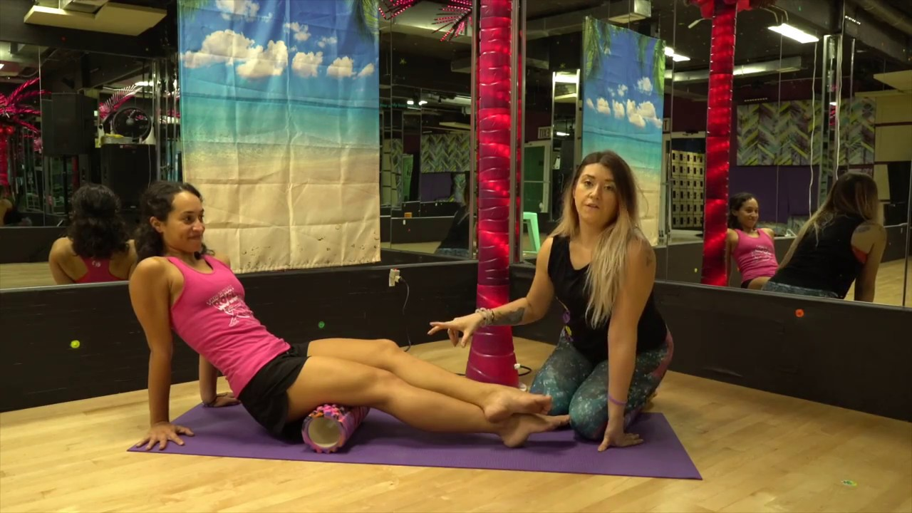 Self Myofascial Release Demonstration -Hamstrings (Relieving pain around  the knee joint)