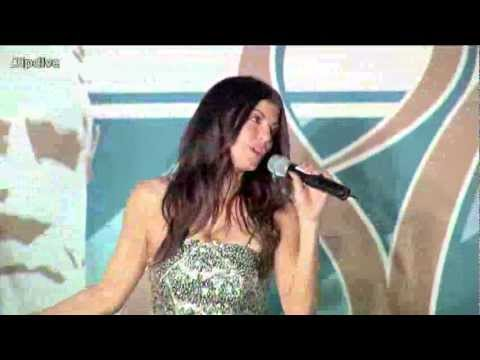 Fergie Sings Happy Birthday to Coach Don Shula