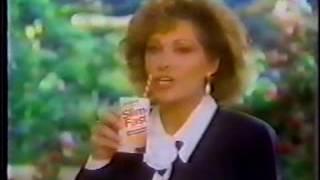 Video 1993 Ultra Slim Fast commercial w/Elizabeth Ashley download MP3, 3GP, MP4, WEBM, AVI, FLV Desember 2017