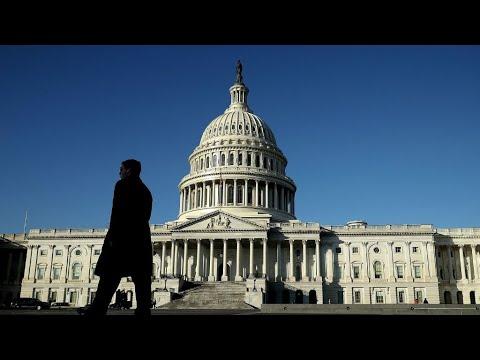شلل الحكومة الفدرالية الأمريكية يدخل حيز التنفيذ والرئاسة تهاجم الديمقراطيين  - نشر قبل 3 ساعة