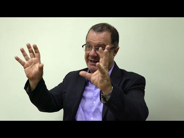 Entrevista com o ex-ministro da Previdência Carlos Gabas