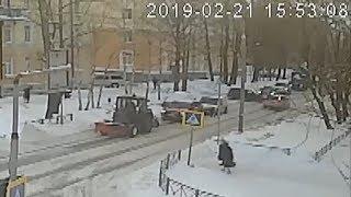 Неудачно выехал из двора. Северодвинск.