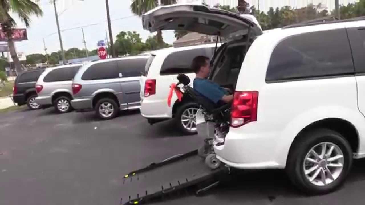 Silla de ruedas para furgonetas accesible renta tampa bay for Sillas para guaguas