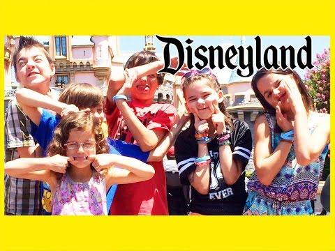 obnoxious-kids-at-disneyland!- -kittiesmama,-bratayley,-evantubehd,-and-mommyandgracieshow!