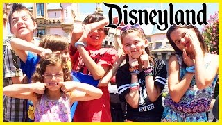 OBNOXIOUS KIDS AT DISNEYLAND!  |  KITTIESMAMA, BRATAYLEY, EVANTUBEHD, AND MOMMYANDGRACIESHOW! thumbnail