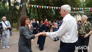 Танцы 💃 Парк Культуры и отдыха в Калуге #танцы#парк#пенсионеры#Калуга