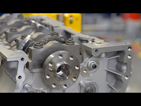 Car Engine Factory: Jaguar Land Rover