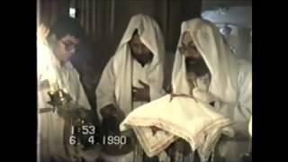 148-الأنبا كيرلس أسقف ميلانو(قداس فى المنيا مع ابونا كيرلس عزيز 6-4-1990)