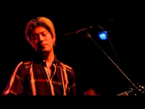 James Iha - Be Strong Now @ Schubas in Chicago 11/20/2012