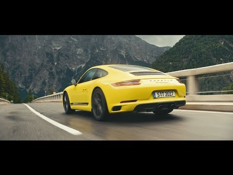 The new 911 Carrera T. Revival of a puristic driving concept.