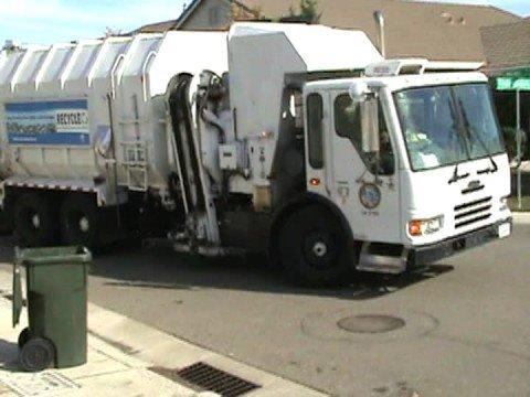 Sacramento Garbage Truck