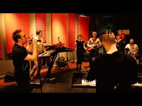 Saze - Hold On - Canavar Studio Sessions