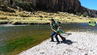 Impresionante PESCA DE TRUCHAS EN RÍO - Pescando Truchas con Atarraya