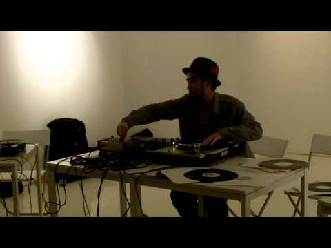 DJ Sniff at Medium 3 Return of the Turntablist