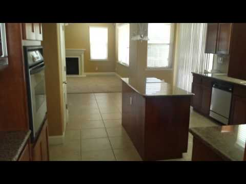 house for sale in fresno 5850 N Shiraz Ave, Fresno CA 93723