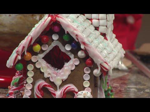 Cinnamon Cafe Teaches Gingerbread House Workshops