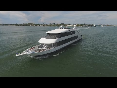 StarLite Dining Yachts
