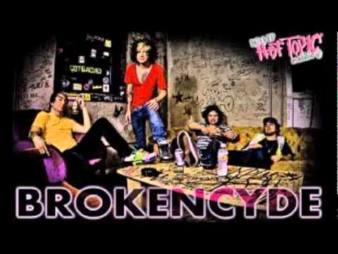 Brokencyde  Freaxxx Instrumental