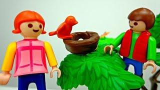 Лего игры. Видео для детей.  Лиза и Коля играют на детской площадке.(Какие дети не любят играть на детской площадке. Качели, горки - Лизе и Коле очень нравиться играть во дворе...., 2015-11-11T06:02:35.000Z)