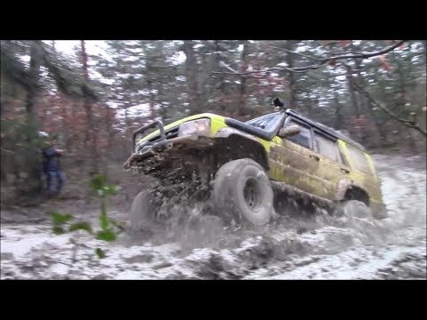 **EXTREME OFFROAD**  Land Rover Discovery TD5 - Yellow Animal