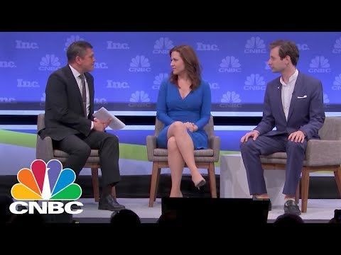 Startup Investors On How To Pitch Like A Pro | CNBC Mp3