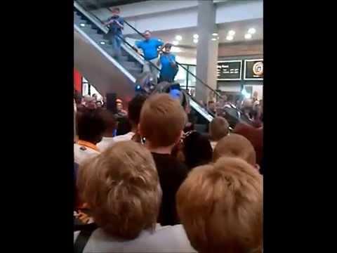 Titan The Robot comes to I'langa Mall