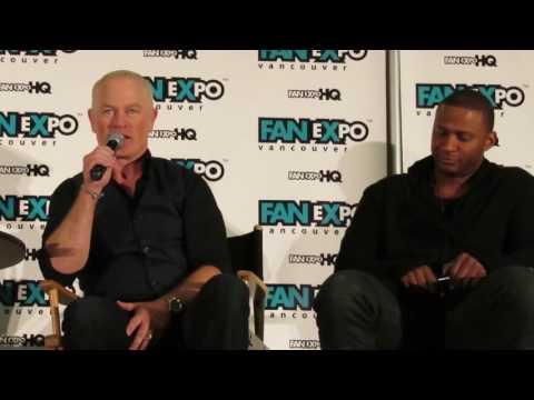 David Ramsay & Neal McDonough - Fan Expo Vancouver 2016 - Arrow Panel