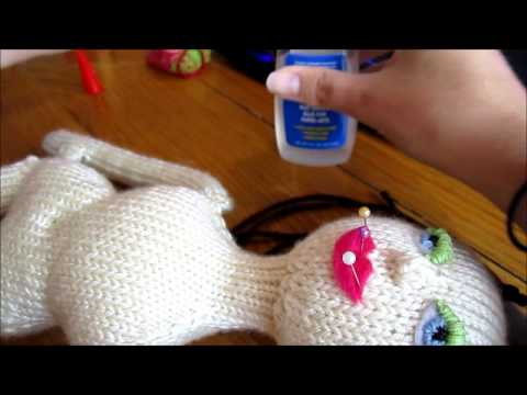 How to Make Faces on Knitted Dolls Part 05: Lips - YouTube