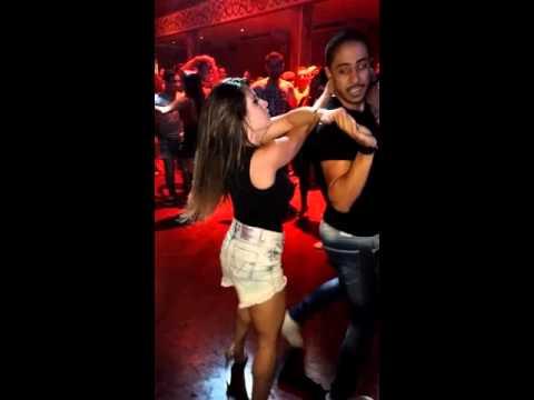 Lucas e Babi dançando Gordinho Saliente 01.2016