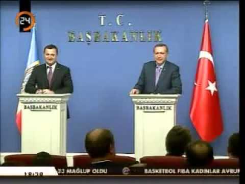 Başbakan Erdoğan'dan Çift Başlılık Yorumu.