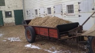 "Spreading Manure ""Old School"" Ferguson TO-20"
